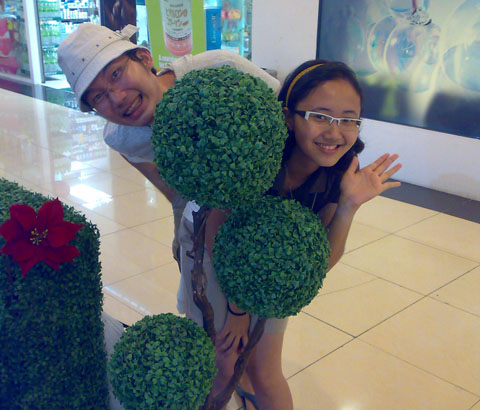 Kinabalu trip - 1Borneo Mall - Decoration (with Febe)