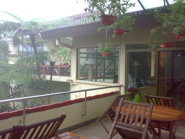 Kinabalu trip - Mount Kinabalu Park - Inside the restaurant