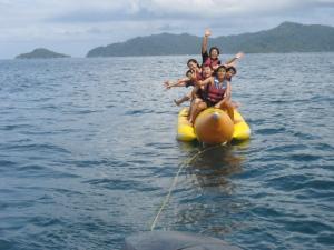Kinabalu trip - Sapi Island - Banana boat