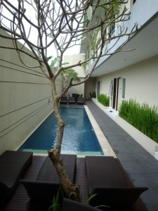 Bali Trip - Eazy Suite Legian Hotel - Swimming Pool