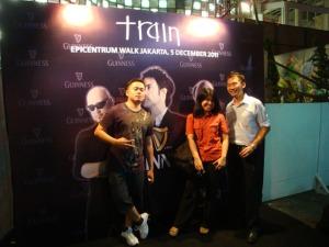 Train Jakarta Concert - Dion, Lidya, and Me posing
