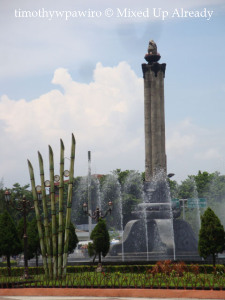 Semarang (Indonesia) trip - Tugu muda
