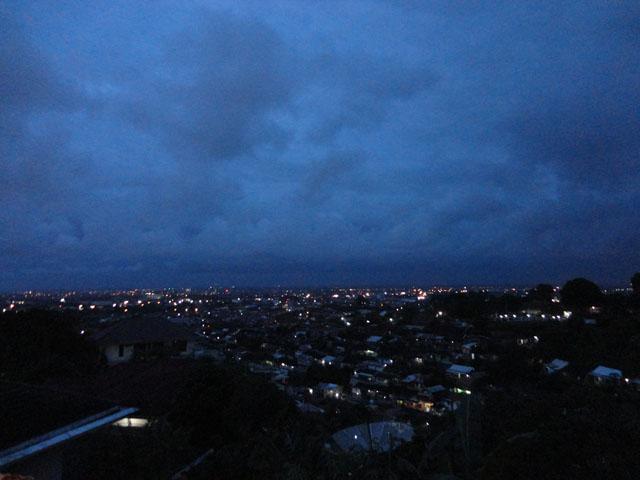 Semarang trip - A view from Koenokoeni at night