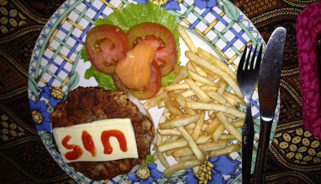 Jogja Trip - Bedhot Resto - Burger