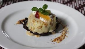 Jogja Trip - Benteng Vredeburg - Indishce Koffie - Ontbijkoek pudding with vla