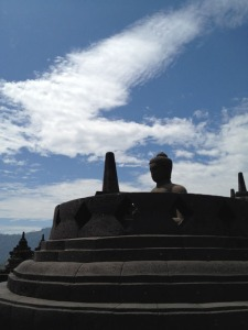 Jogja Trip - Candi Borobudur - The statue without stupa
