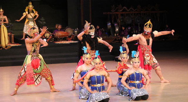 Sendratari Ramayana - Scene One - The Competition
