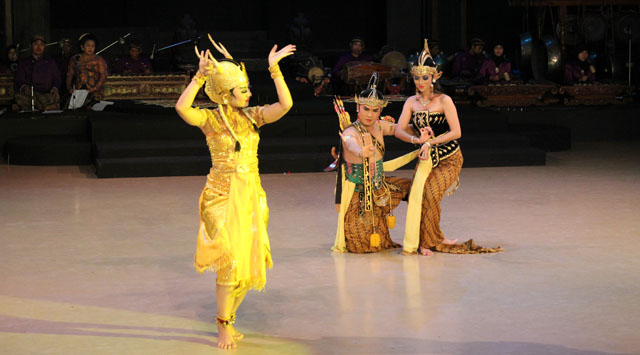 Sendratari Ramayana - Scene Two - Marica 'The Golden Deer'