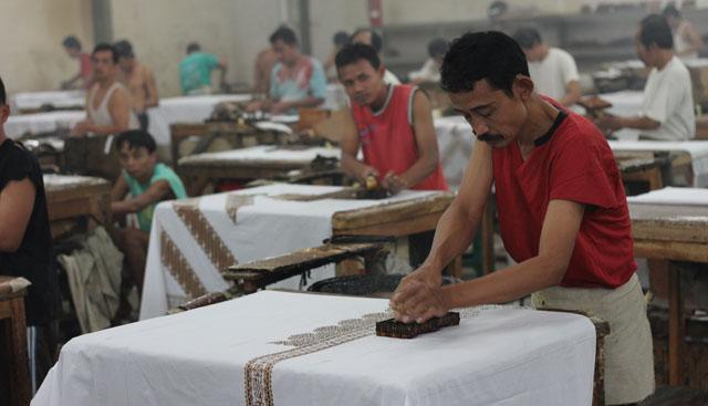 Solo trip - House of Danar Hadi - Batik Factory - Batik Cap