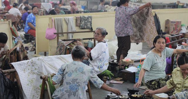 Solo trip - House of Danar Hadi - Batik Factory - Batik Tulis