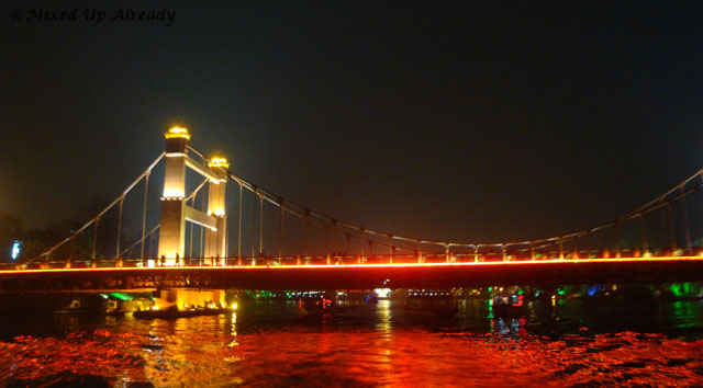 China trip - Guiln - Two Rivers and Four Lakes Cruise - A bridge