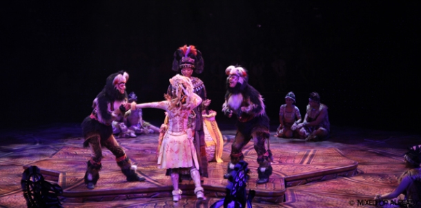 Disneyland Hong Kong - Adventureland - Festival of Lion King (with Sun Go Kong)