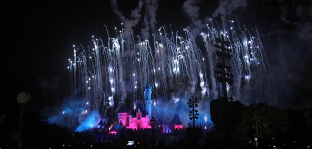 Disneyland Hong Kong - Disney in The Stars Fireworks