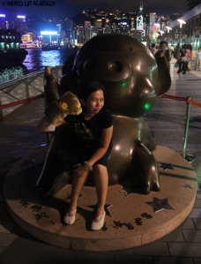 Hong Kong trip - Tsim Sha Tsui Waterfront - The Avenue of Stars - Piggy statue