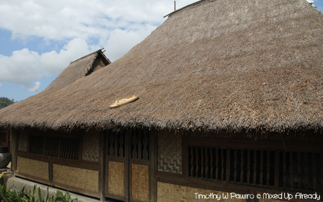 Lombok trip - Desa Sade - The oldest house in the village