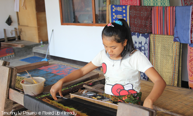 Lombok trip - Desa Sukarare - Cloth weaving (2)