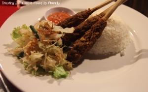 Senggigi - Eating - Grand Corner Restaurant & Bar - Sate Pusut