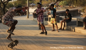 Lombok trip - Gili Trawangan - Waiting for sunset - Skateboarding
