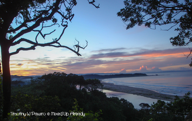 Sawarna (Indonesia) trip - Ciantir beach (Pantai) - Seeing sunrise from the cliff above the beach