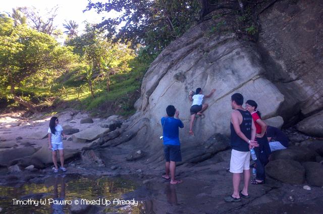 Sawarna (Indonesia) trip - The karst hill between Lagoon Pari and Tanjung Layar - Sinthya climbing