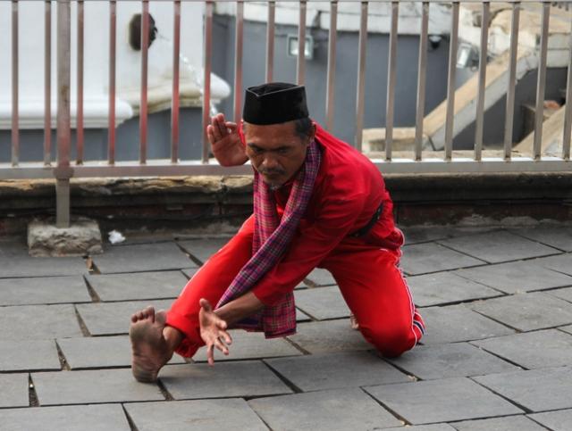Indonesia - Jakarta - Kota Tua - Taman Fatahillah - Cover page
