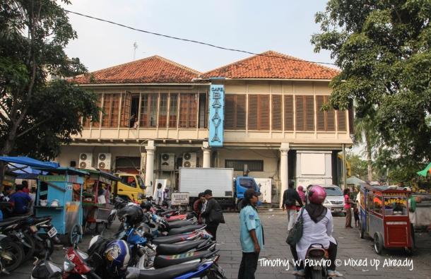 Indonesia - Jakarta - Kota Tua - Taman Fatahillah - The famous Cafe Batavia