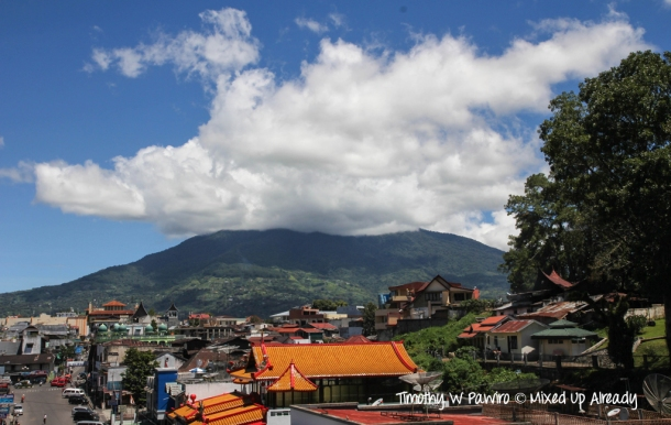 Indonesia - Sumatera - Bukittinggi - Mount Marapi (the view from Jembatan Limpapeh)