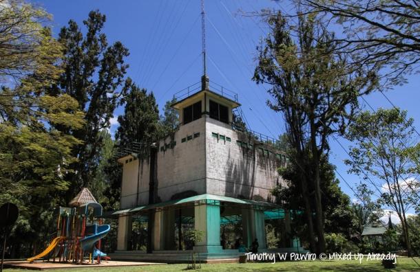 Indonesia - Sumatera - Bukittinggi - Taman Bundo Kanduang - Fort de Kock and a child's play