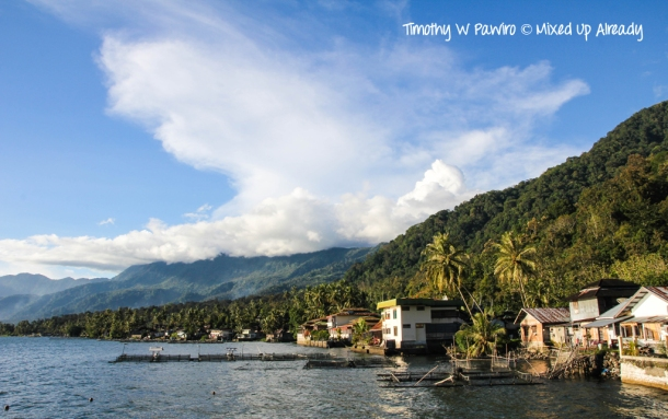 Indonesia - Sumatra - Bukittinggi - Lake Maninjau - View from Waterfront cafe (2)